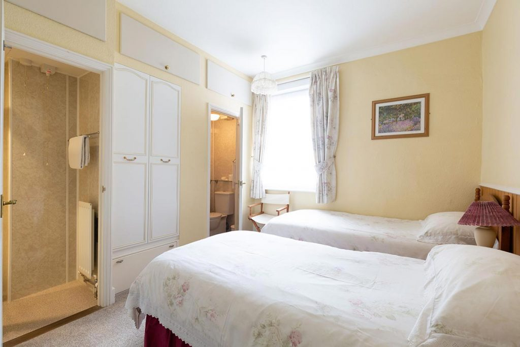 The Grafton Guest House - Room 4 - image